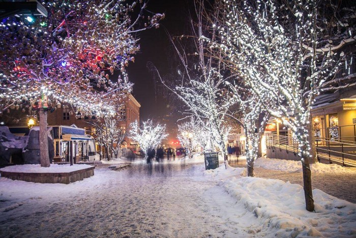 15 Reasons Christmas In Colorado Is The Absolute Best