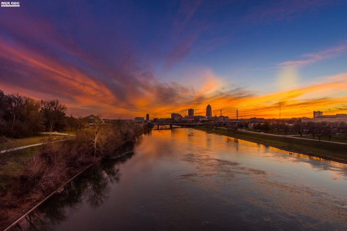 15. Mirza Blade Kudic captured this gorgeous sunset over downtown Des Moines.