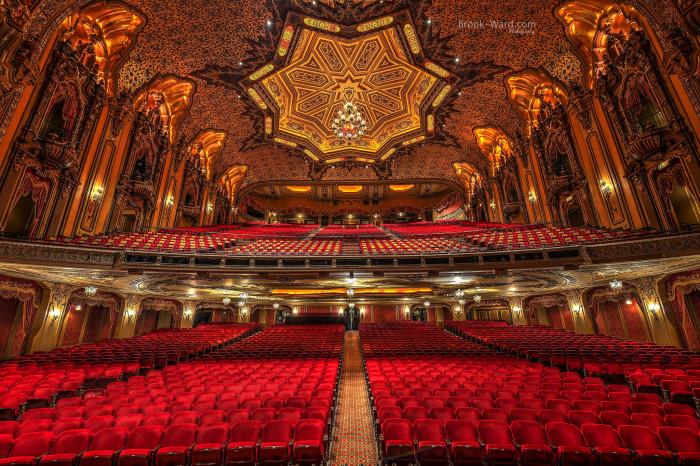 19. Check out the Ohio Theatre.