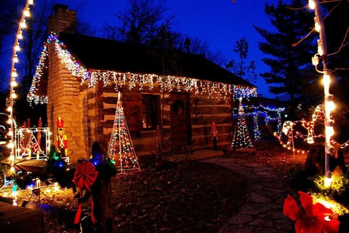 The 13 Best Most Incredible Christmas Light Displays In Ohio