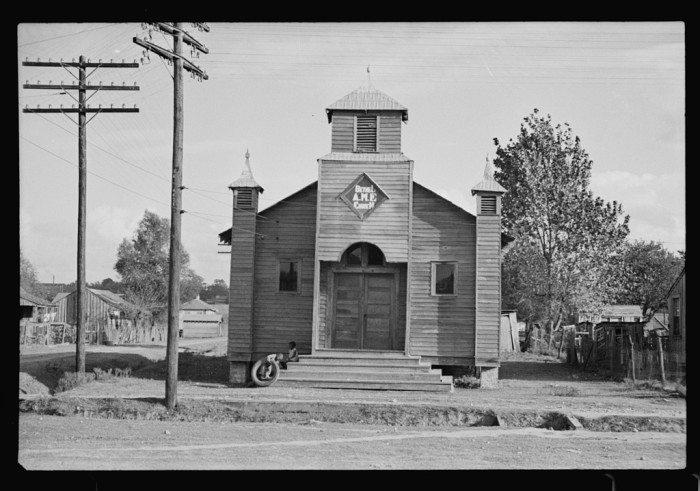 15. Community churches, such as this one in Natchez, were not an uncommon sight during the time.