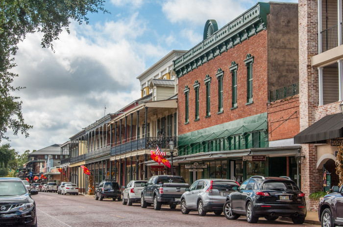 10. How do you pronounce Natchitoches?