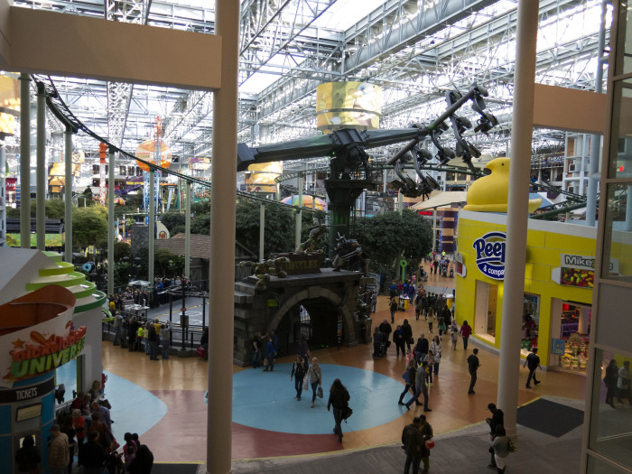 6. The Mall of America in Bloomington is big enough to hold 32 Boeing 747 airplanes.