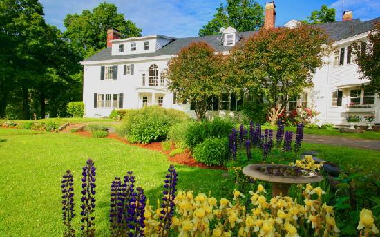 16.  White House Inn, Wilmington.