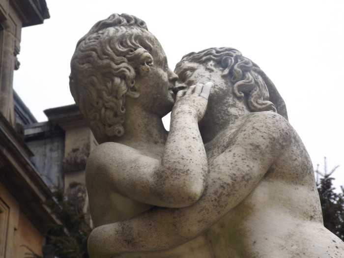 8. Kissing Statues (Beaumont)