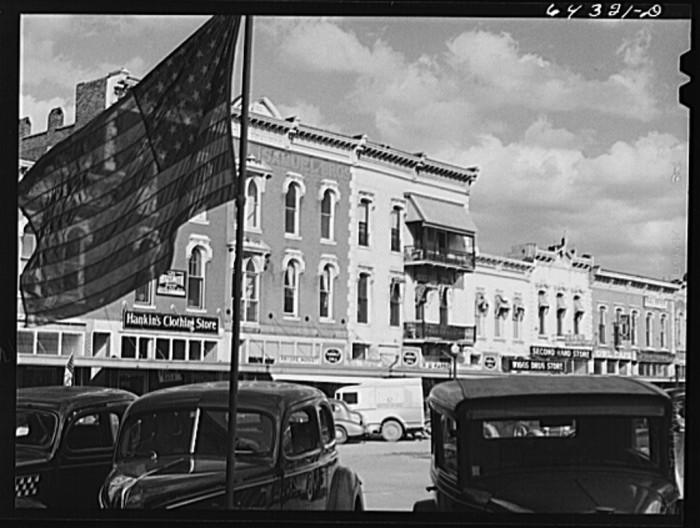 19.Nevada, Missouri 1942