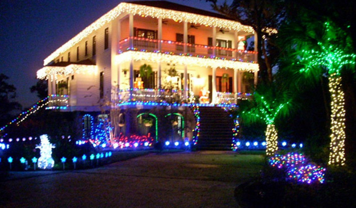 3. We love this beautiful bright display in the Lowcountry.