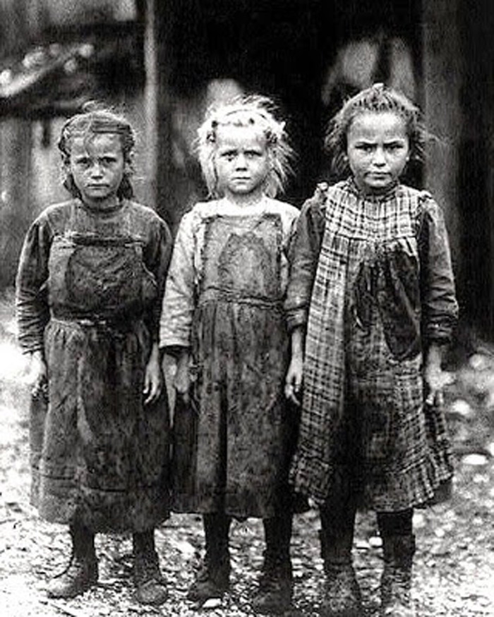 21 rare photos of the great depression in south carolina2 three girls in port royal pose for a photo a novelty back then around 1920