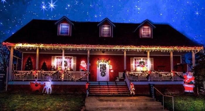 2.The Christmas Haus, Kimmswick
