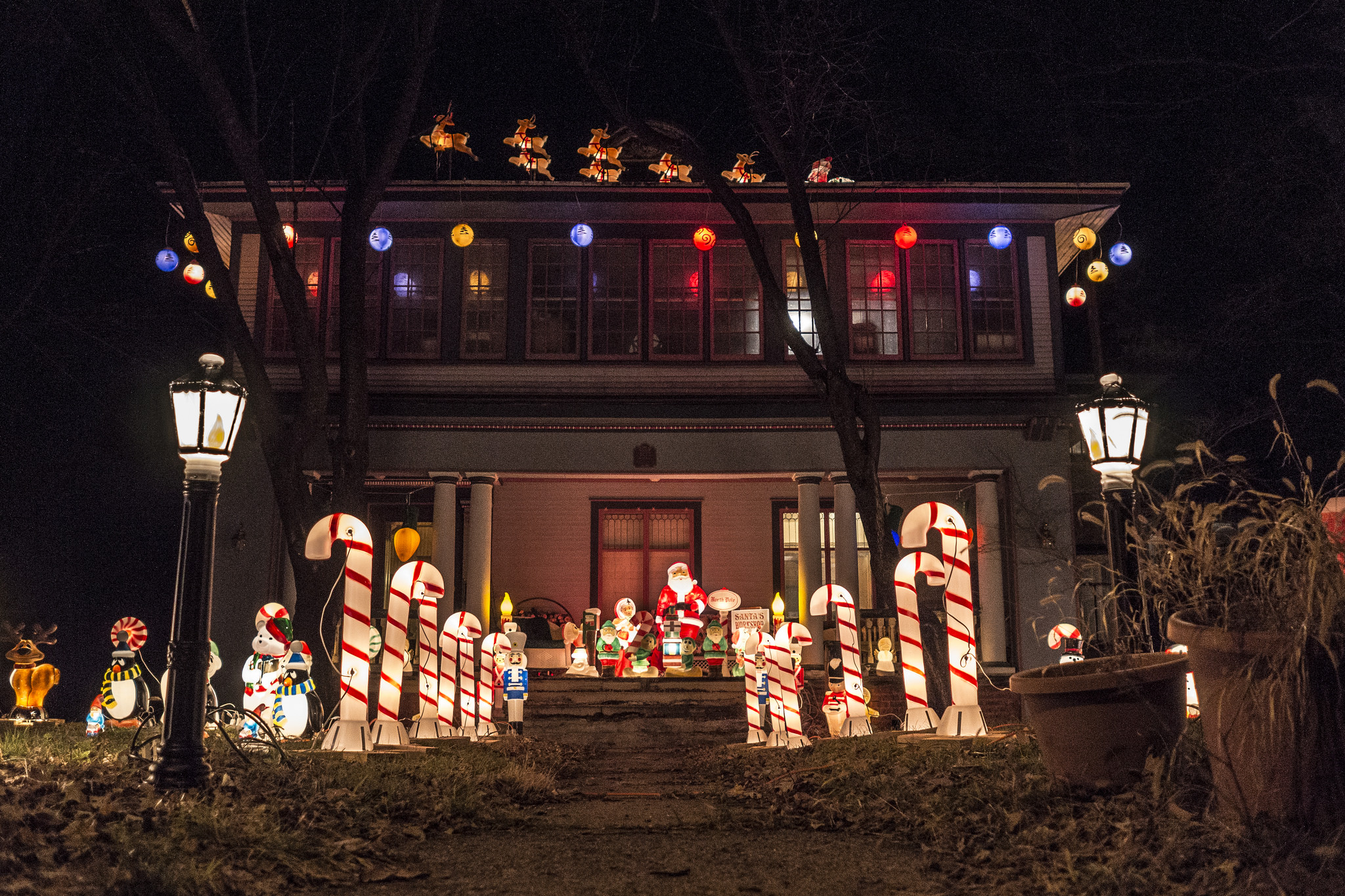 These 10 Houses In Iowa Have The Best Christmas Lights Ever