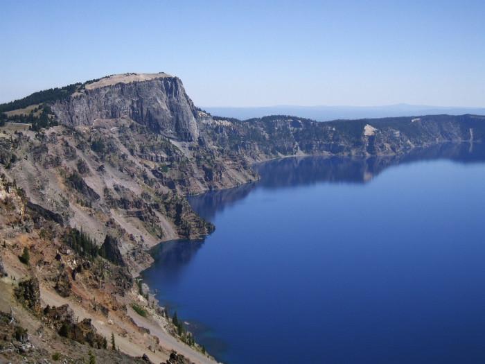 6. Cruise the Crater Lake Rim Drive.