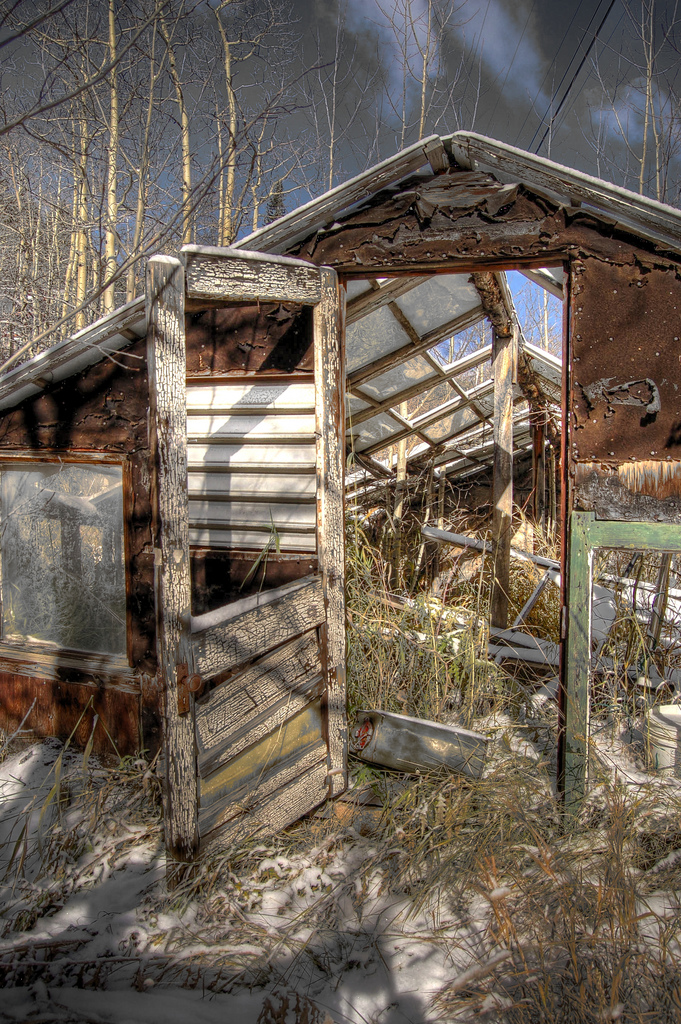 7. This broken-down greenhouse will always leave the door open for you.