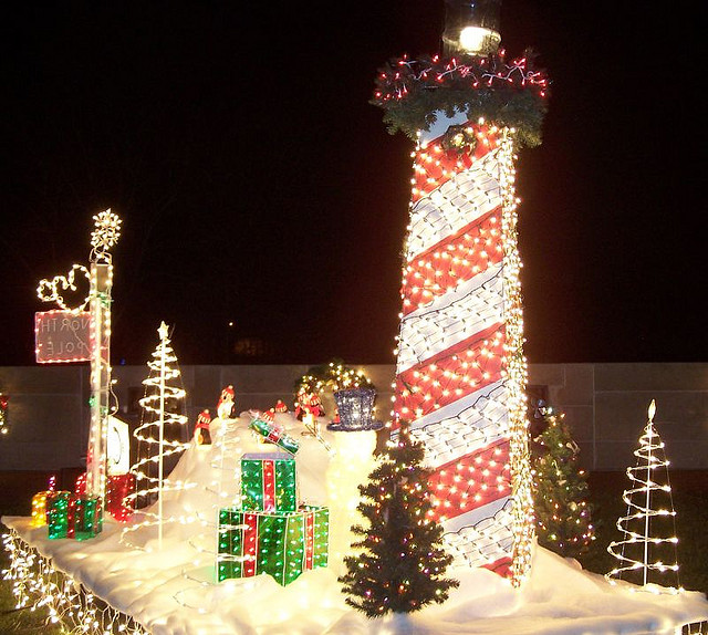 13. The lighthouse in this picture is gorgeous!