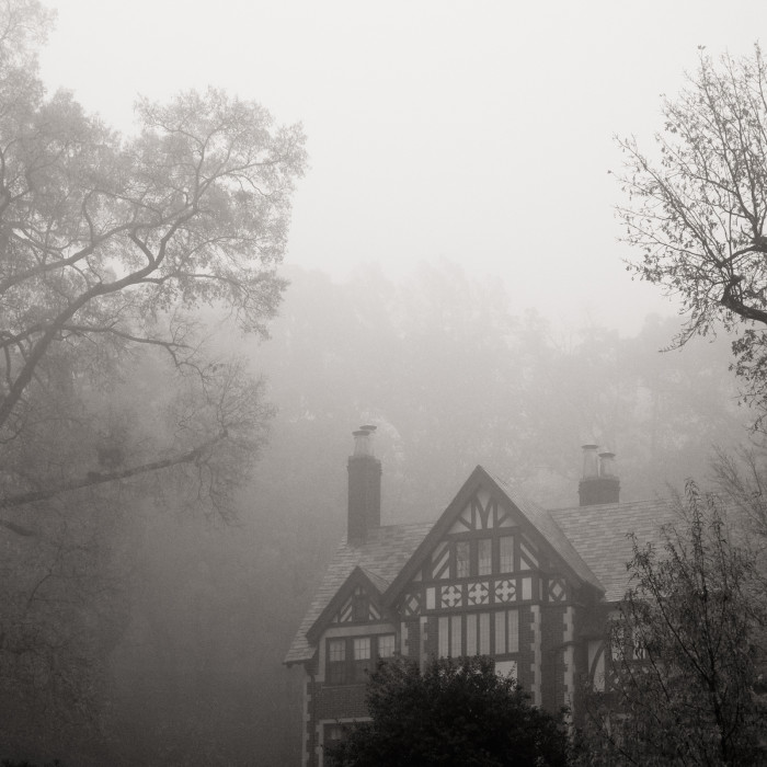 2. A blanket of fog surrounds a beautiful mansion in Birmingham.