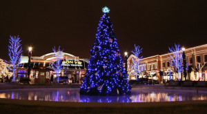 Here Are The Top 15 Christmas Towns In Ohio. They're Magical.