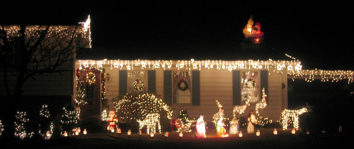 8. This lovely decorated house is located in Vestavia Hills. Does it put you in the holiday spirit?