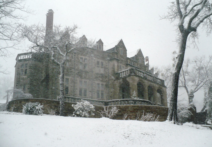 13. This photo, captured in March 2009, shows how beautiful Birmingham's Hassinger Castle is when it's surrounded by snow.