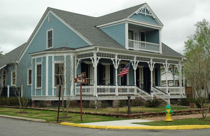 5. Historic house in St. Francisville, LA.