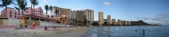 4) Waikiki Beach