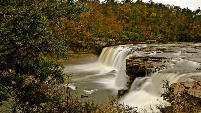 6. Little River Canyon Falls (Little River Canyon National Preserve) - Fort Payne, Alabama