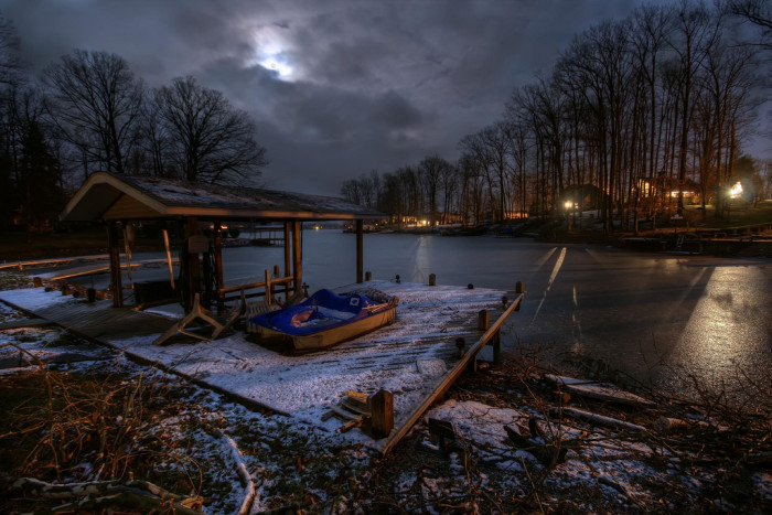 3. This is Lake Santee. The photographer calls it frozen summer memories. Gorgeous!
