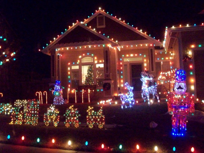10 Houses In Nevada With Incredible Christmas Decorations