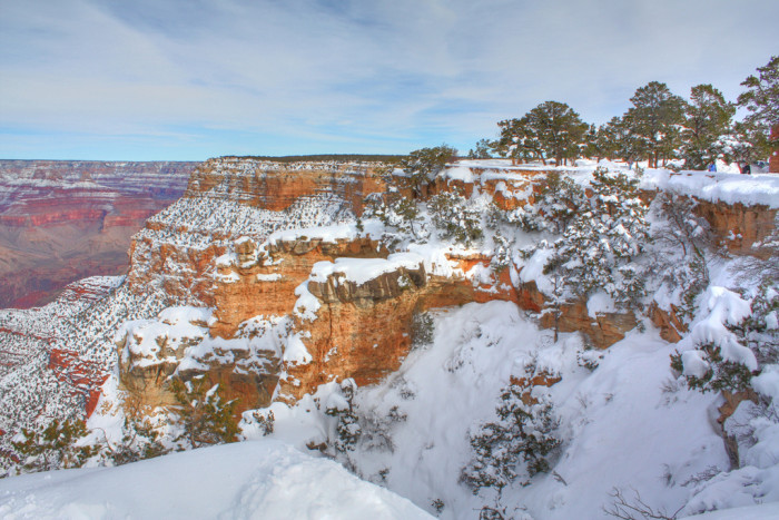 6. The Grand Canyon looks beautiful throughout the year but it looks even more stunning when covered in snow.