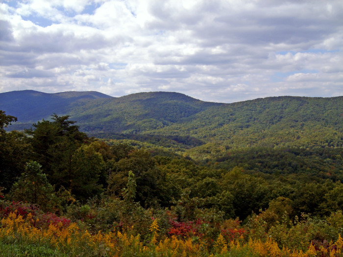 4. Alabama is home to several beautiful mountains...