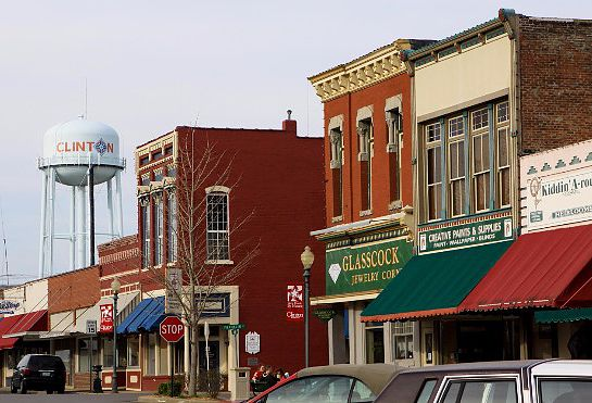 12 Towns In Missouri Withthe Best Main Streets