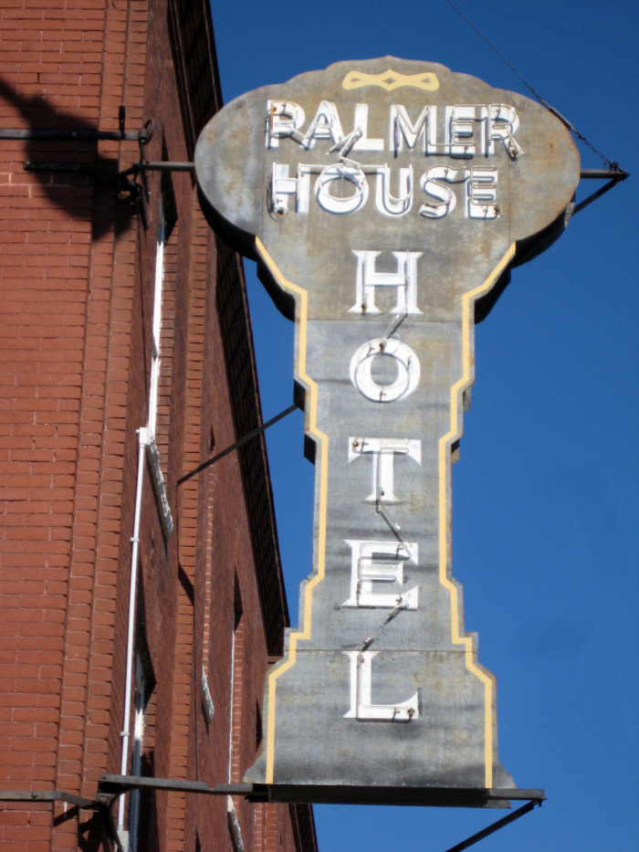 15. Spend the night at the Palmer house hotel and decide if it's haunted for yourself.