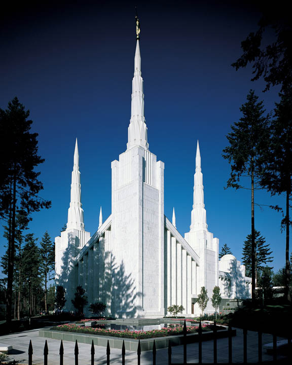 16 churches in oregon that will leave you speechless