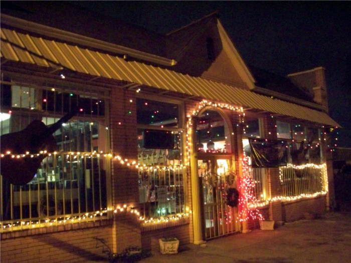 6. and local businesses are also getting in on the holiday decorating fun.