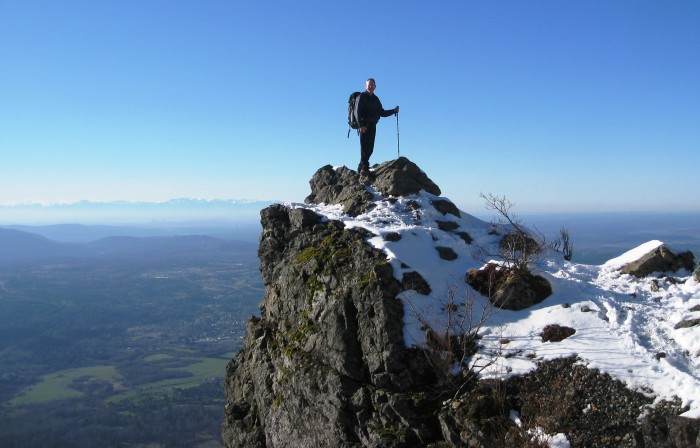 3. March: See the panoramic view on top of Mount Si.