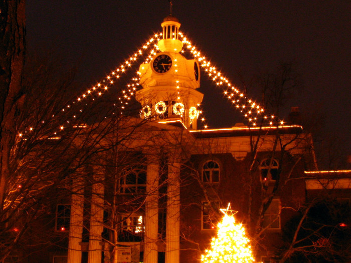 5) The Rutherford County Courthouse is such a sight to see in the evenings.