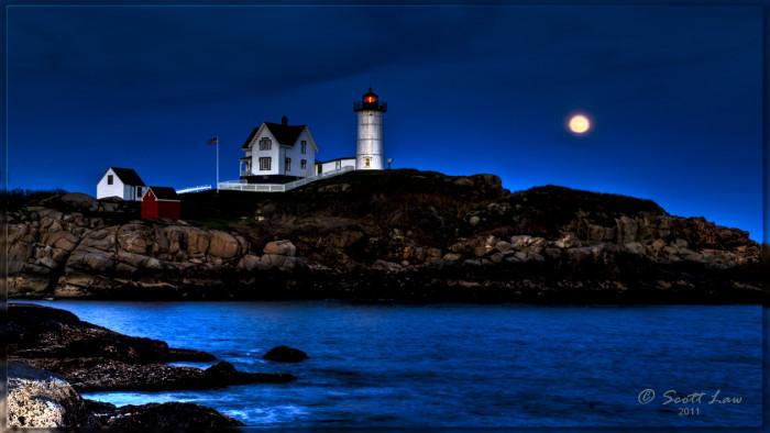 10. A perfect moon-rise over Cape Neddick.