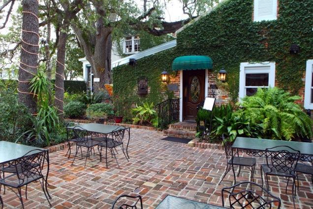 6. Mary Mahoney's, Biloxi