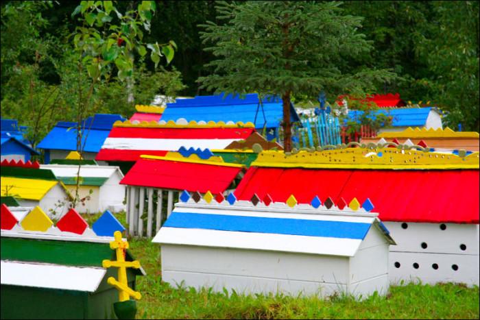 7) Burial Spirit Houses