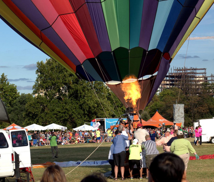 8.Check out the Great Forest Park Balloon festival.