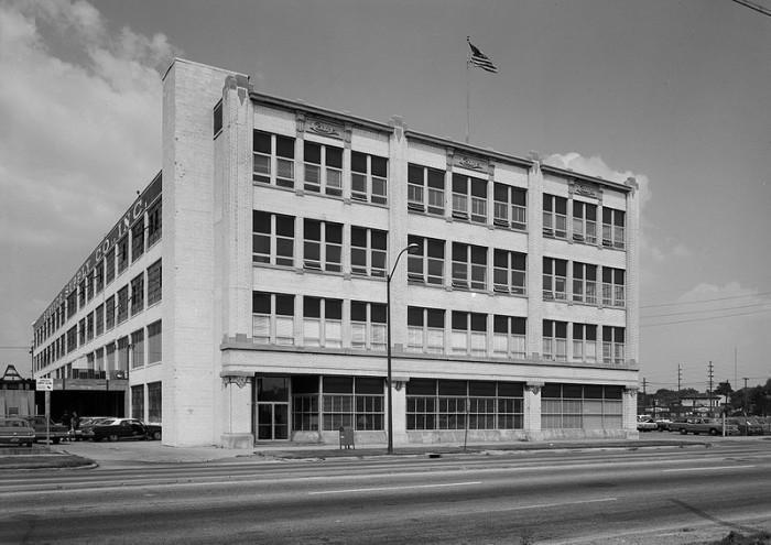 11. Cole Motor Car Company