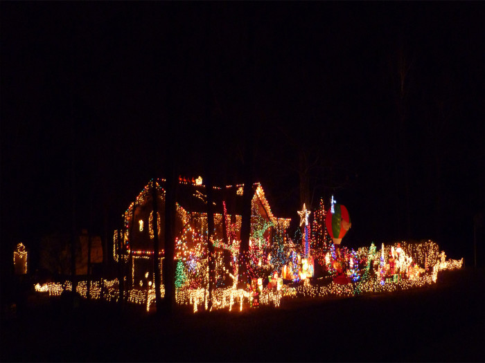 2. WOW! This over-the-top display of lights is INCREDIBLE! It's located on Red Fox Drive in Pelham, Alabama.