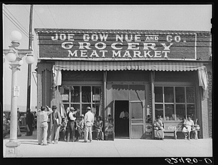 8. Rather than work on plantations, many Chinese residents of Mississippi chose to open and run grocery stores. The store pictured, Joe Gow Nue and Co. Grocery, opened in the 1920s.