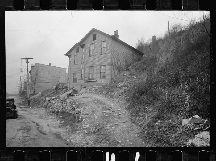 11. House along the Ohio River