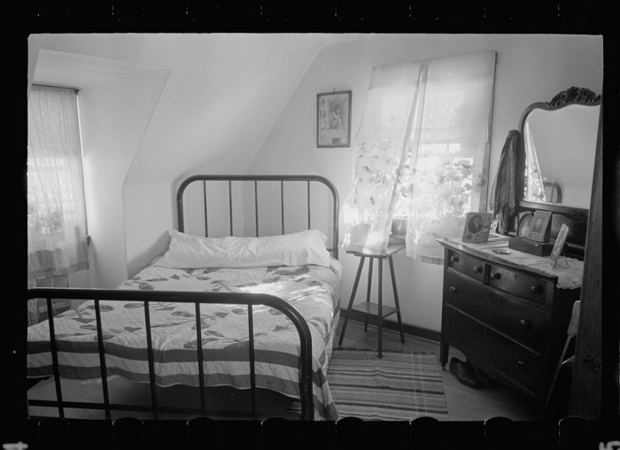 9. And here is a typical, 1935 bedroom.