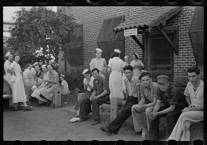 Workers in canning plant during change of shift. Many of these are migratory. Polk County, Florida