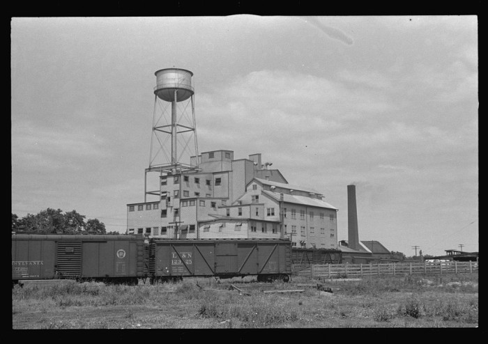 10. Eshelman's feed mill in Circleville