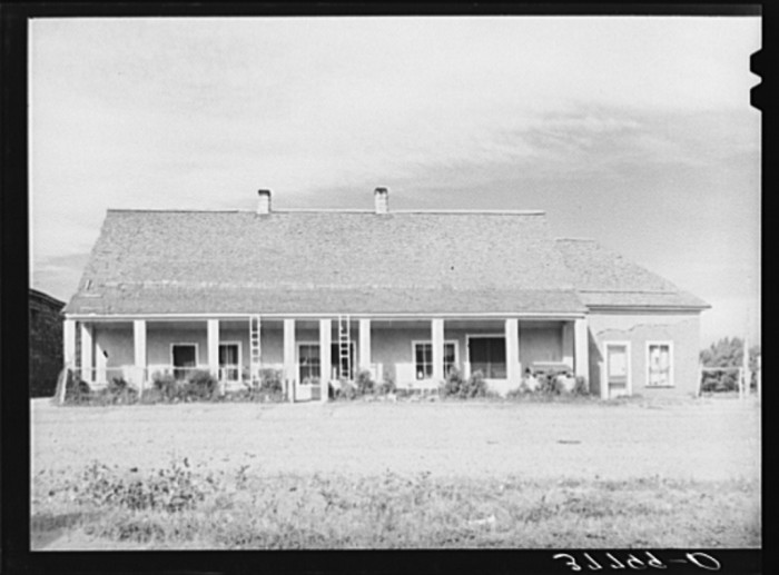 12. This is a merchant home, also located in Concho. Looks nice!