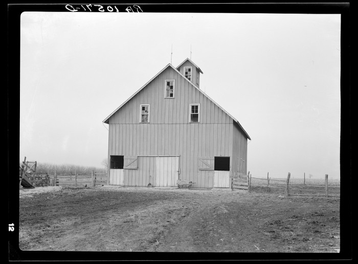 14. Wrapping this up with a barn on a farm in Benton County.