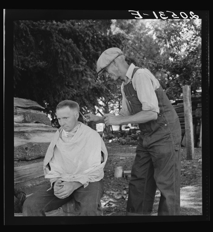 """16. """"Oregon, Marion County, near West Stayton. Bean pickers barber each other. """""""
