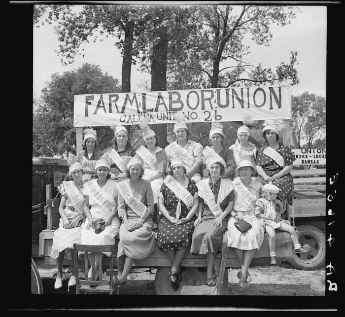 """11. """"Wives of farmer laborites."""""""