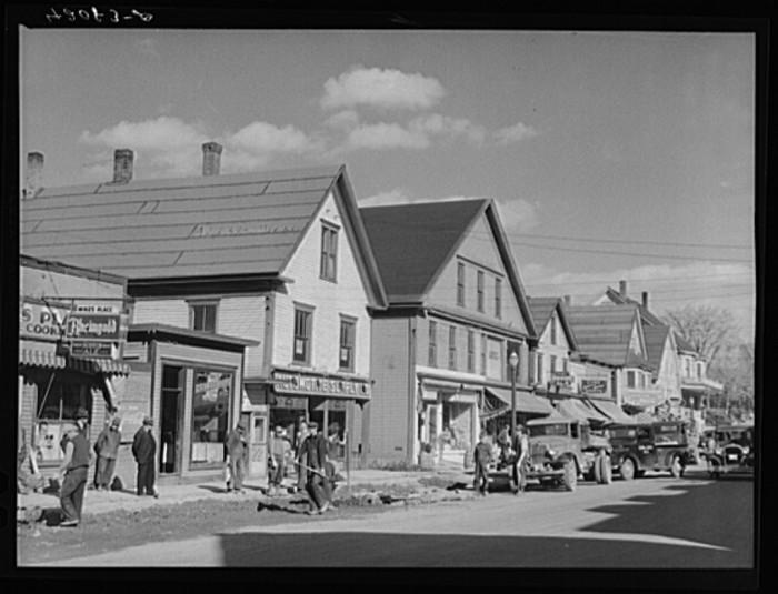 18. Main Street, Caribou. (1940)